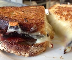 Grilled Chese & Bacon